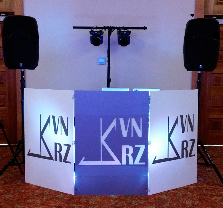 BRONZE Wedding Package Ottawa Gatineau DJ set up